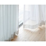 cortina branca para escritório