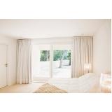 cortina grande quarto