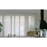 cortina rolô branca Jardim América